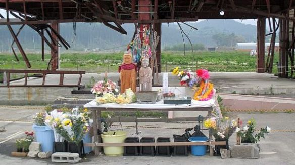 eight_col_tsunami_shrine